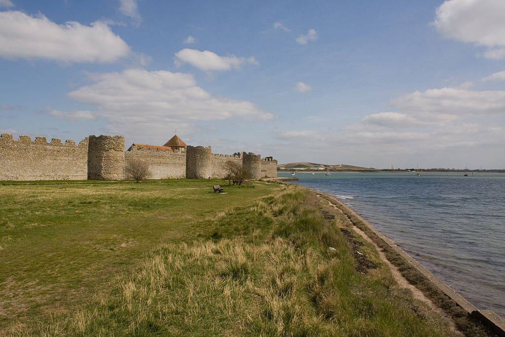 The Roman walls of the fort at Portchester, later adapted into a medieval castle. Photo by Johan Bakker.
