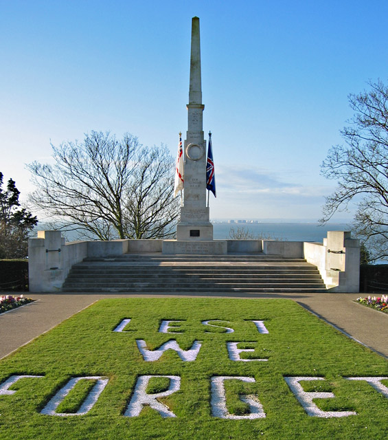 Southend-on-Sea_war_memorial_-_geograph.org.uk_-_734140