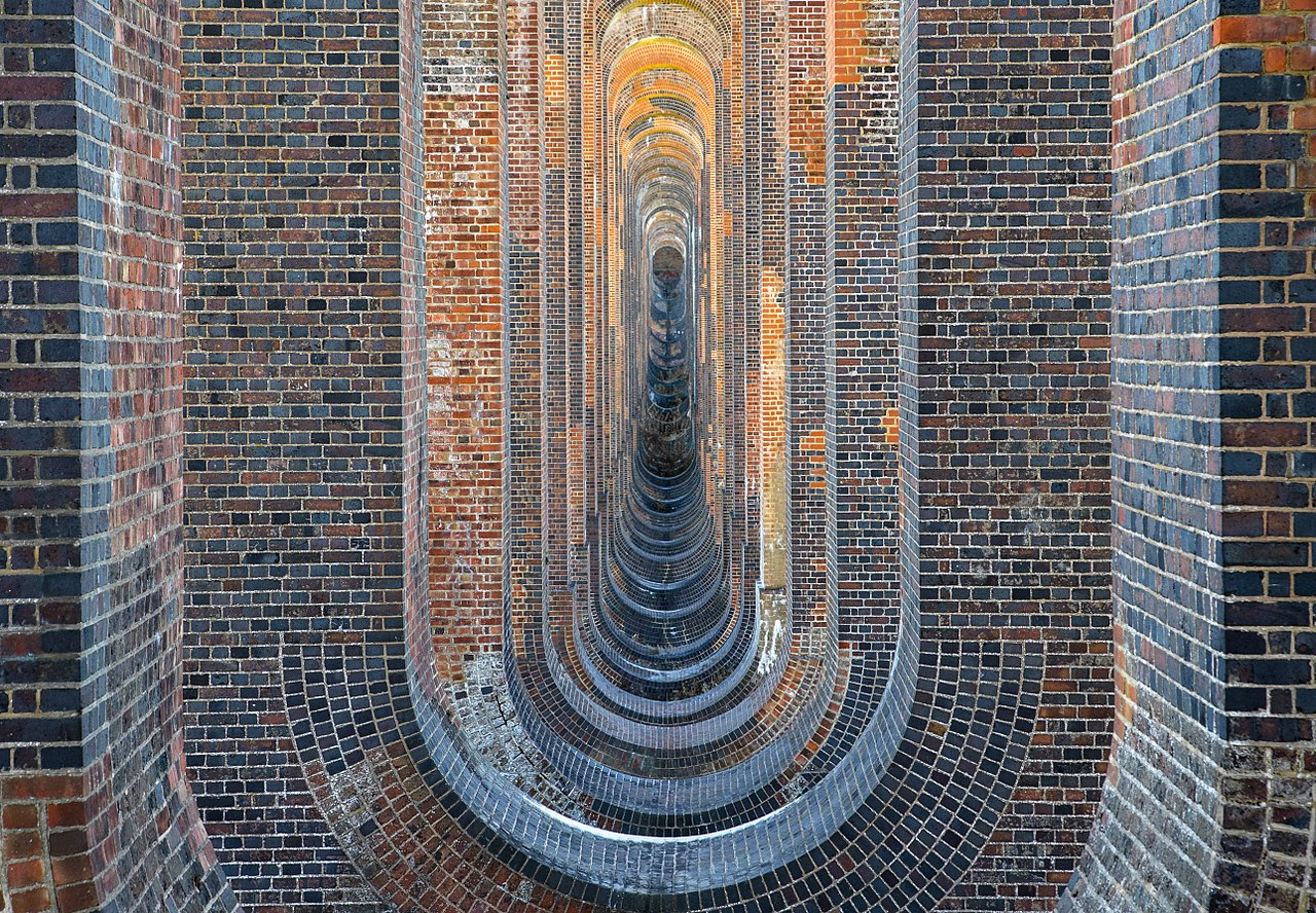 Commended 2017: Balcombe (Ouse Valley) Viaduct), by Matthew Hoser