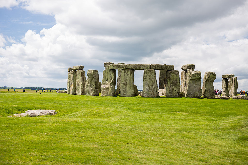 """Stonehenge from the Distance"" by ExtraMilePhotoUKis licensed under CC BY-SA 3.0."